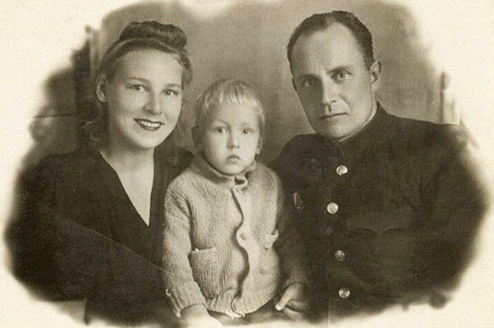 Виктор Чекмарев личная жизнь