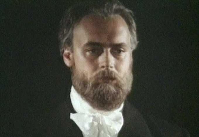 Дмитрий Золотухин актер